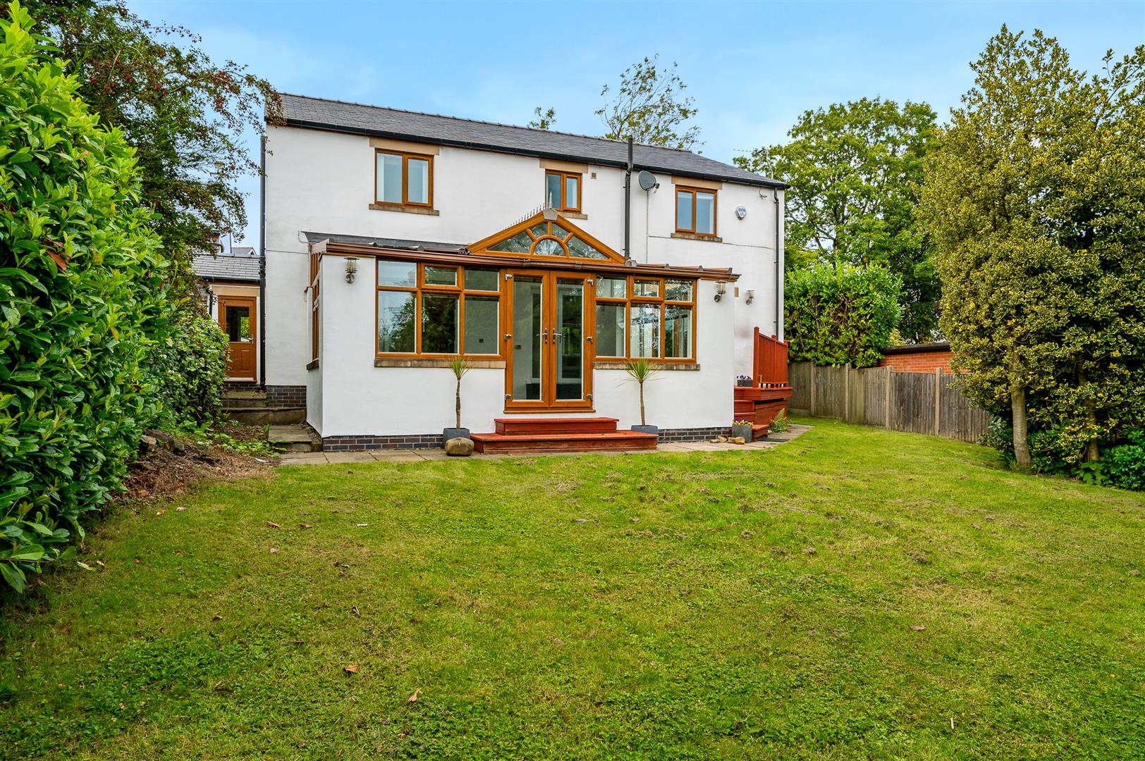 5 bedroom detached house For Sale in Bolton - DSC_2790.jpg.